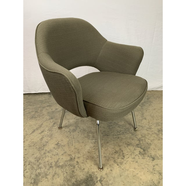 Mid-Century Modern Executive Arm Chair Attributed to Eero Saarinen for Knoll For Sale - Image 3 of 11