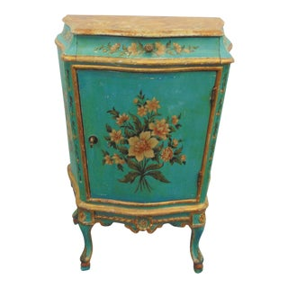 Early 20th Century Italian Florentine Decorated Nightstand For Sale