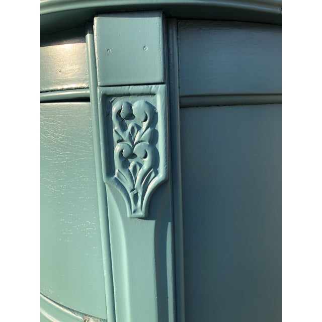 Paint Early 20th Century Chippendale Serpentine Dresser For Sale - Image 7 of 7