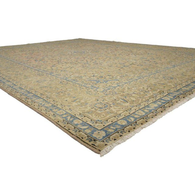 76436, vintage Persian Kashan rug with traditional style. This hand-knotted wool vintage Persian Kashan rug with...
