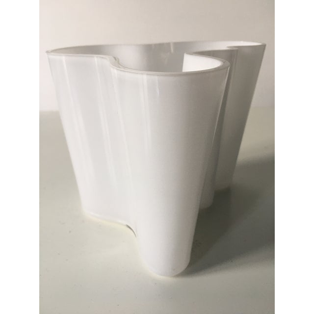 Vintage Alvar Aalto Savoy Vase White - a Pair For Sale In Los Angeles - Image 6 of 8