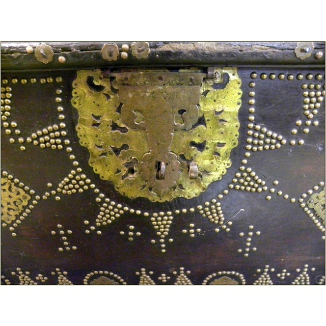 19th Century Sinhalese Sri Lanka Teak & Brass Trunk For Sale - Image 10 of 13