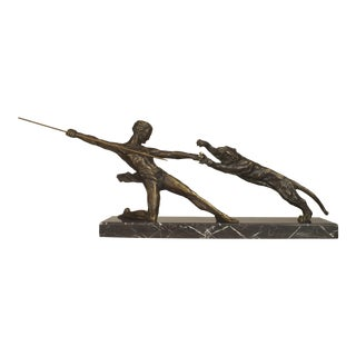 French Art Deco Bronze Group of a Kneeling Gladiator For Sale