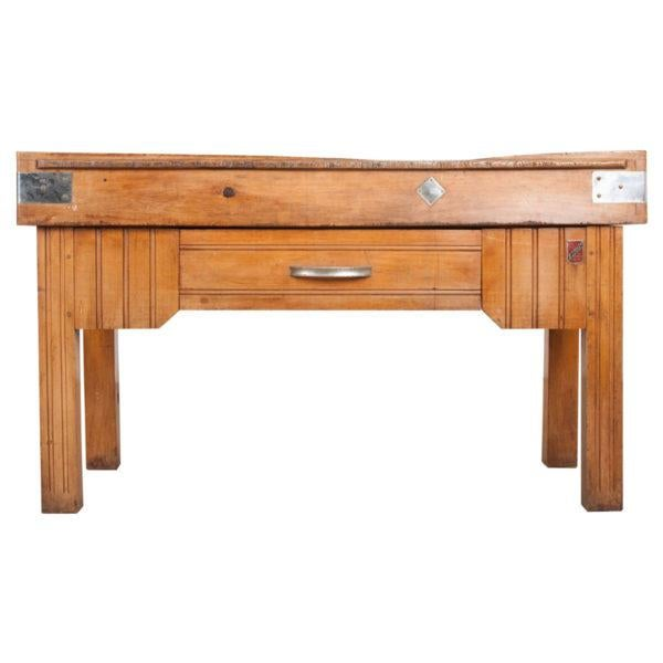 French Early 20th Century Art Deco Pine Butcher Block For Sale - Image 12 of 12