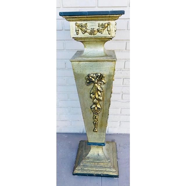 Gold 1960s Vintage Wooden Pedestal For Sale - Image 8 of 8