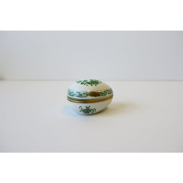 Green Herend White Green Gold Porcelain Egg-Shaped Jewelry Box For Sale - Image 8 of 13