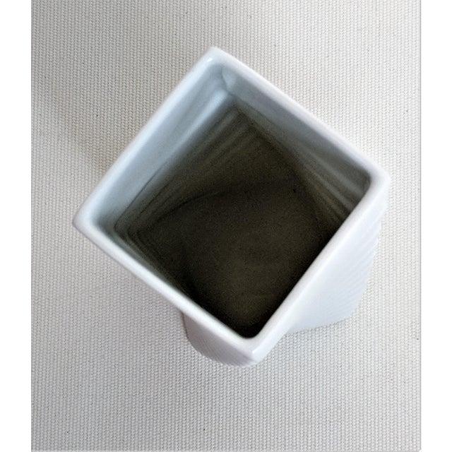 1970s Mid-Century Modern Hausler-Goltz for Rosenthal White Ceramic Vase For Sale In Miami - Image 6 of 11