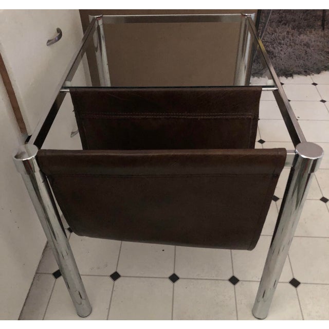 Milo Baughman for Design Institute of America Style Chrome and Glass-Top Table With Leather Magazine Rack For Sale In Los Angeles - Image 6 of 6