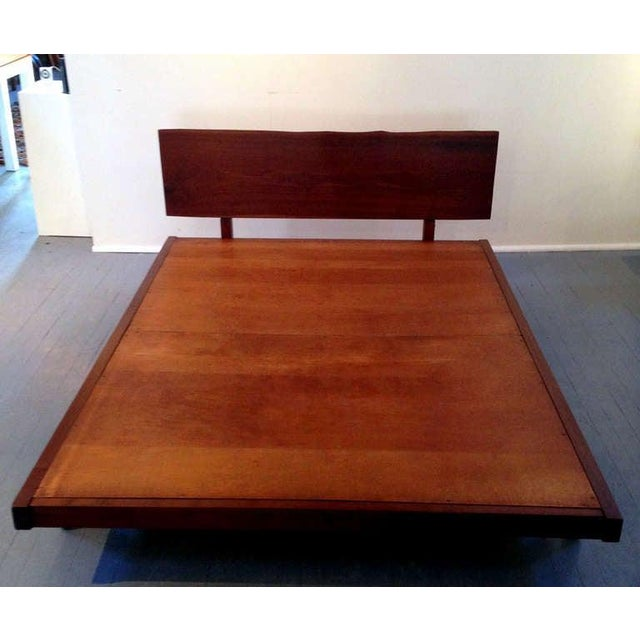Mid-Century Modern Platform Bed With Walnut Headboard in the Style of George Nakashima For Sale - Image 3 of 11