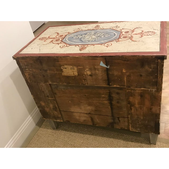 18th Century Traditional Hand Painted Commode For Sale In Dallas - Image 6 of 7