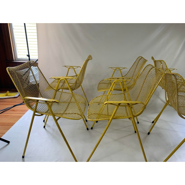 Russell Woodard Russell Woodard Mid-Century Modern Sculptura Outdoor Dining Chairs - Set of 6 For Sale - Image 4 of 13