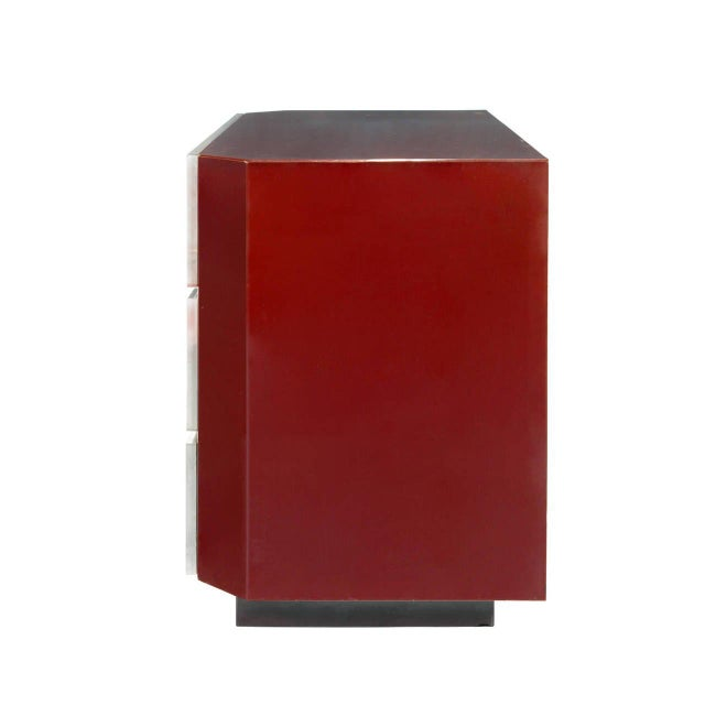 Art Deco Guy Lefevre for Jansen Burgundy Lacquered and Gilt-Brass Mounted Three-Drawer Chest For Sale - Image 3 of 4