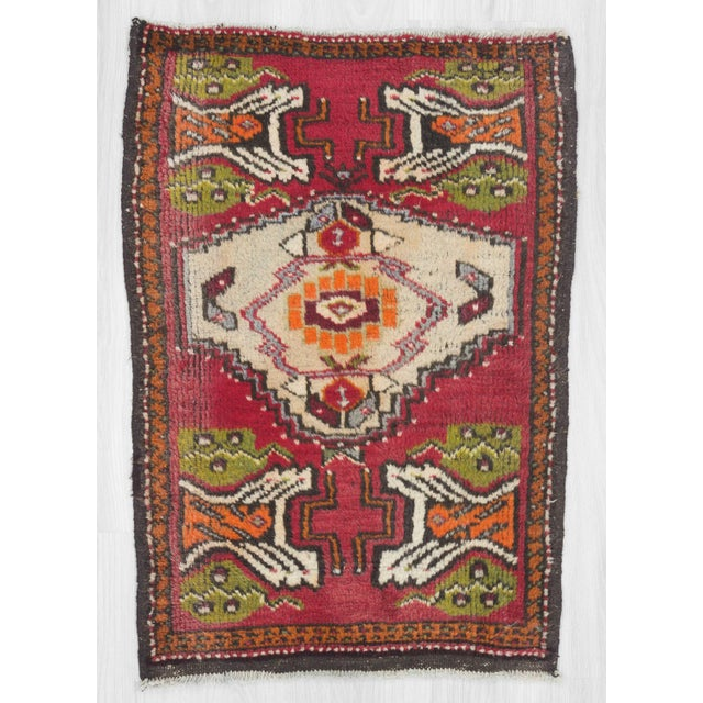 Vintage mini rug from Oushak region of Turkey.In good condition