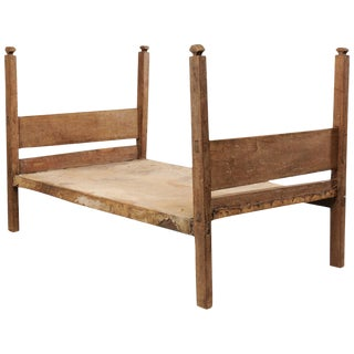 Bucolic Vintage Brazilian Cowhide and Wood Frame Single Size Day Bed For Sale