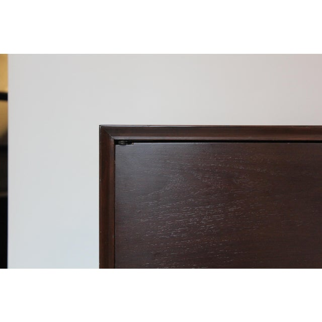 1950s 1950s Mid-Century Modern Mahogany Nightstands - a Pair For Sale - Image 5 of 6