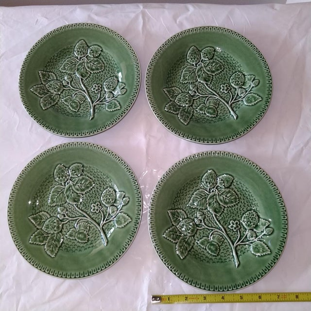 20th Century Cottage Portuguese Green Porcelain Plates - Set of 4 For Sale - Image 4 of 4