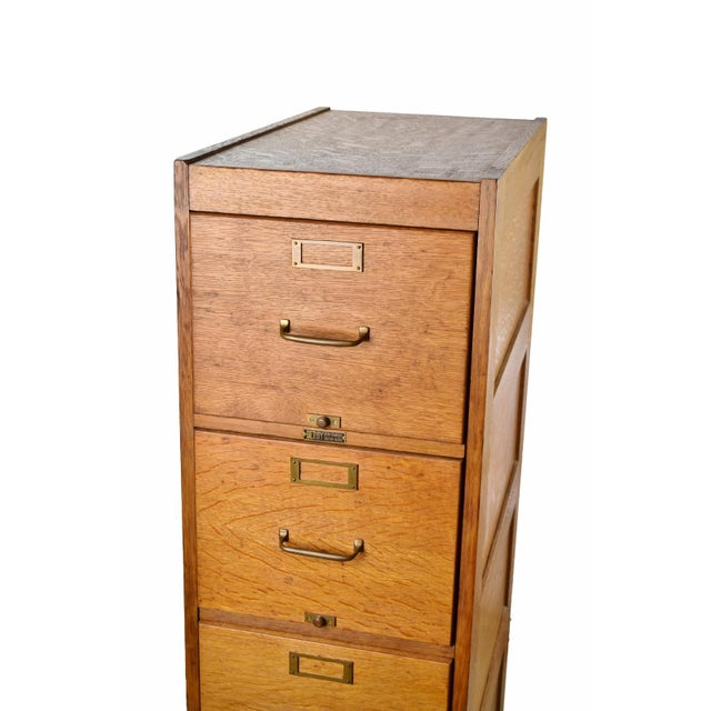 Beautiful Circa Early 1900 S Quarter Sawn Golden Oak 4 Drawer Filing Cabinet Made By The