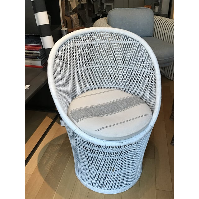 Vintage White Wicker Chair - Image 3 of 5