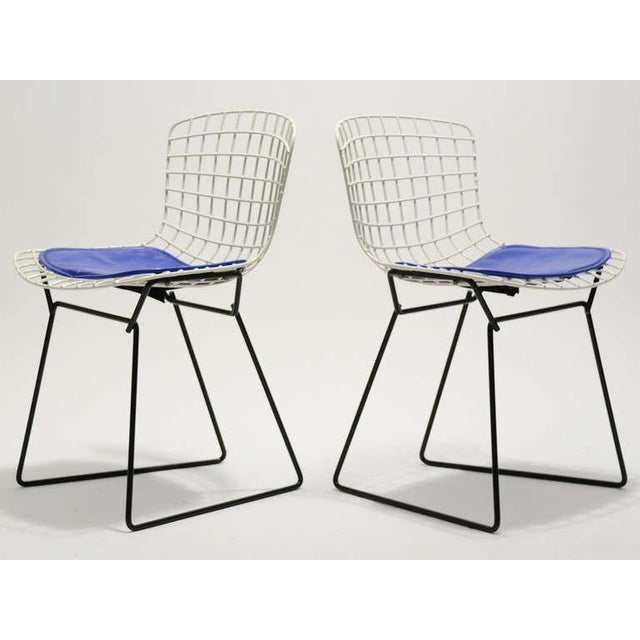 Pair of Bertoia child's chairs by Knoll - Image 2 of 9