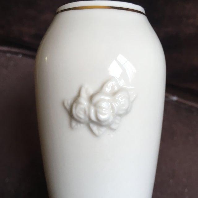 Ceramic 1980s Shabby Chic Lenox Ivory Porcelain Rosebud Vase For Sale - Image 7 of 9