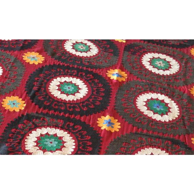 Big Size Colorful Suzani Bedspread - Image 6 of 6