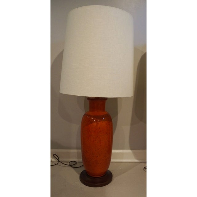 Mid-Century Modern Large Mid-Century Orange Ceramic Urn Lamps - Pair For Sale - Image 3 of 4
