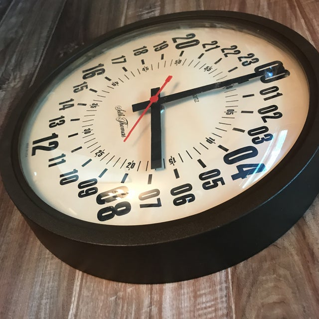 Industrial Vintage Seth Thomas Military Hour Clock For Sale - Image 3 of 4