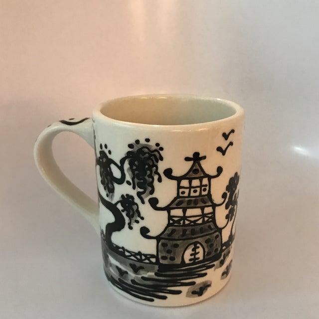 Black Porcelain Chinoiserie Mug - Image 5 of 5