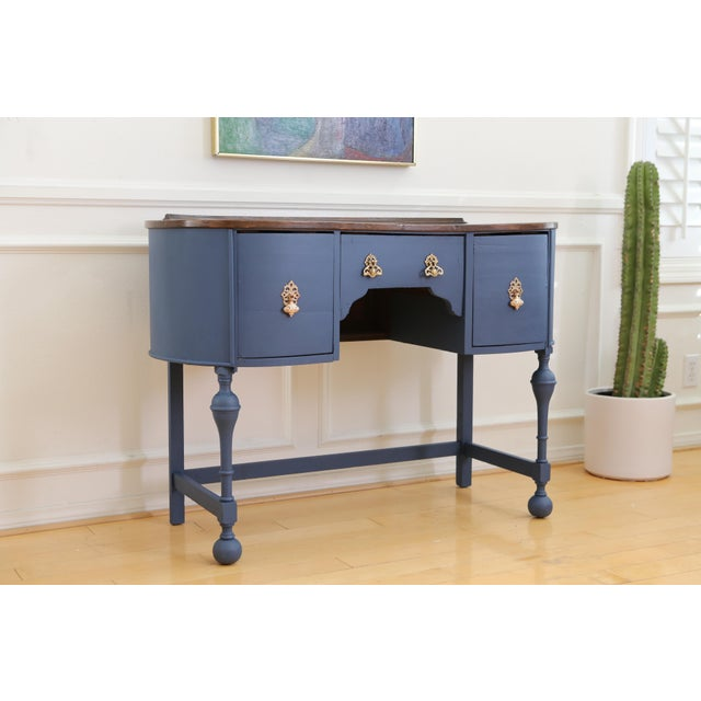 Circa 1930 Louis XV Style Petite Kidney Shaped Desk For Sale - Image 4 of 11