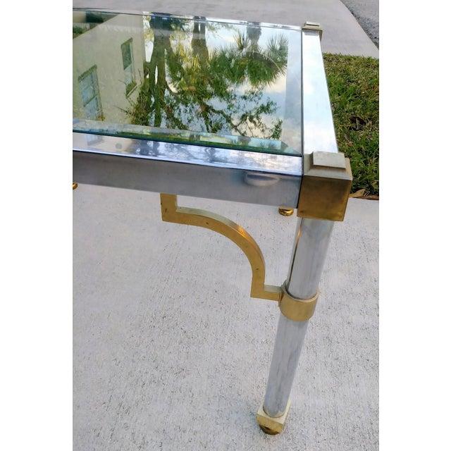 Mid-Century Modern Master Craft Vintage Brass Chrome Fret Work Corner Glass Top End Side Table For Sale - Image 3 of 6