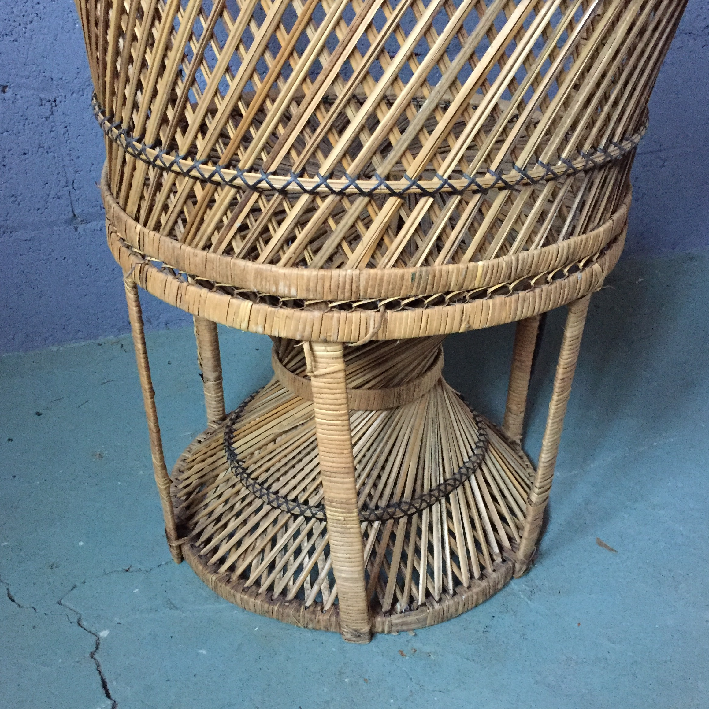 Vintage Rattan Peacock Fan Chair   Image 11 Of 11
