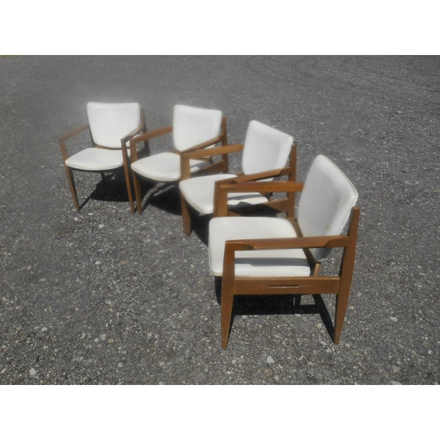 Thonet Vintage 1960's Thonet Mid-Century Modern Maple Dining / Side Chairs-Set of 4 For Sale - Image 4 of 10