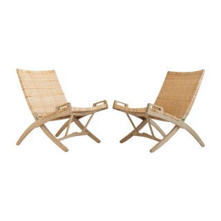 Hans Wegner Folding Lounge Chairs - A Pair For Sale