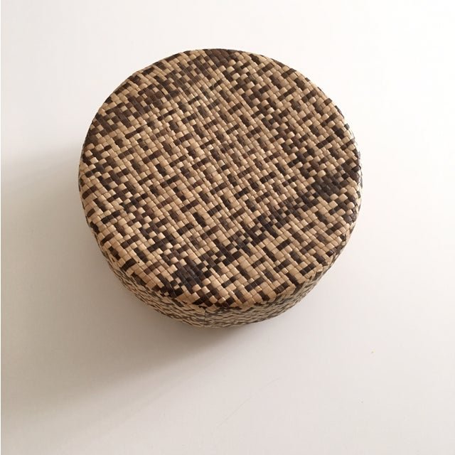 Vintage Woven African Round Box With Lid - Image 2 of 8