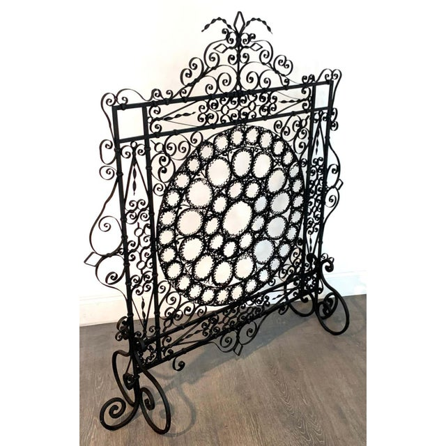 High Victorian Wrought Iron Wire Work Medallion Fires Screen For Sale - Image 12 of 13