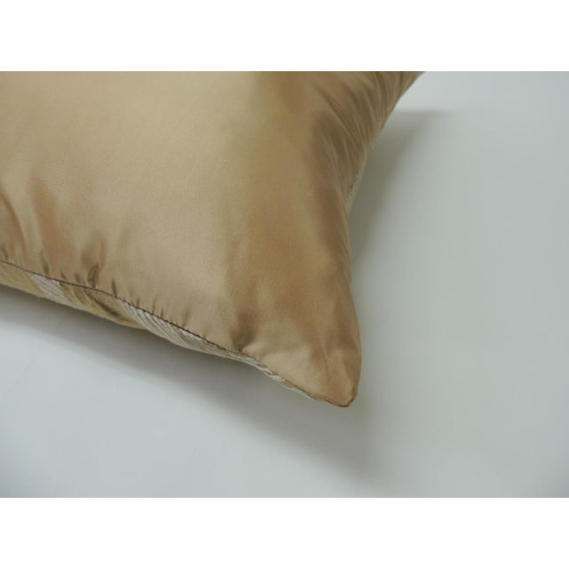 """Early 21st Century Pair of Golden Silk Embroidery """"Royal Palm"""" Silk Decorative Pillows For Sale - Image 5 of 7"""