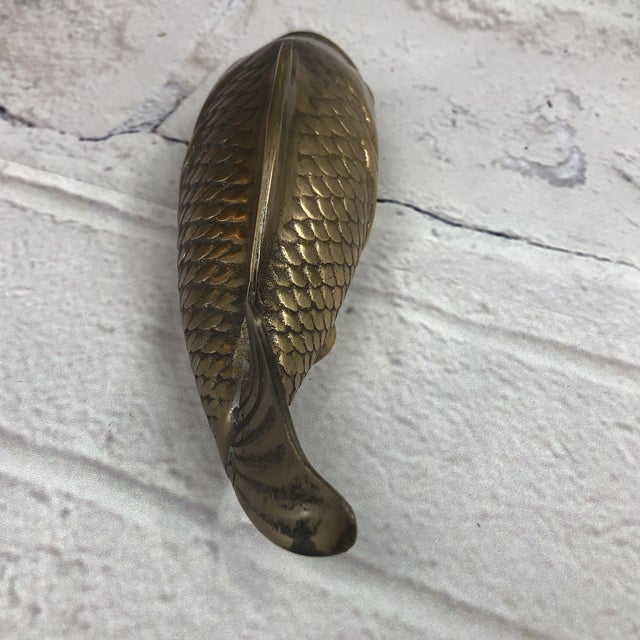 1950s Mid Century Brass Koi Fish Wall Hanger For Sale - Image 5 of 7