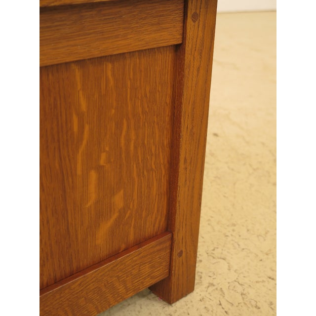 Brown Arts & Crafts Stickley Inlaid Top Oak Blanket Chest For Sale - Image 8 of 13