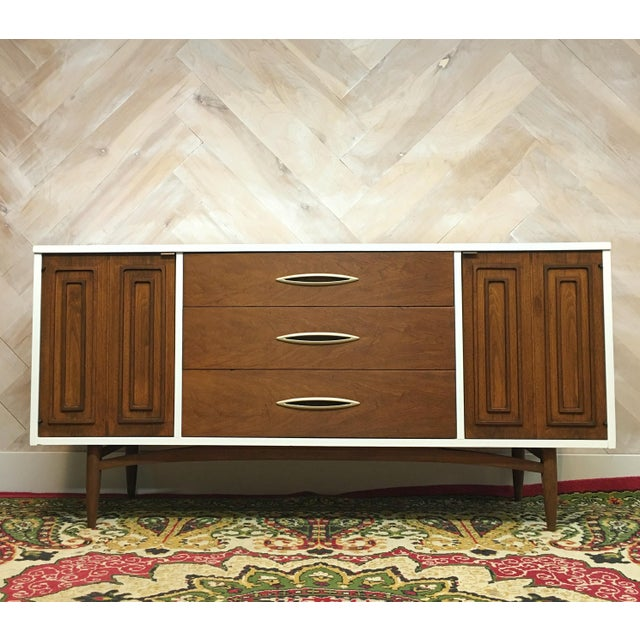 Mid-Century Broyhill Sculptra Buffet / Credenza - Image 2 of 7