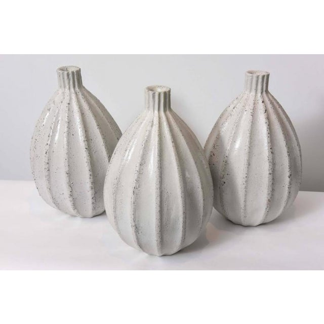 Mid-Century Modern Set of Three Italian Modern Earthenware Vases, Style of Primavera For Sale - Image 3 of 9