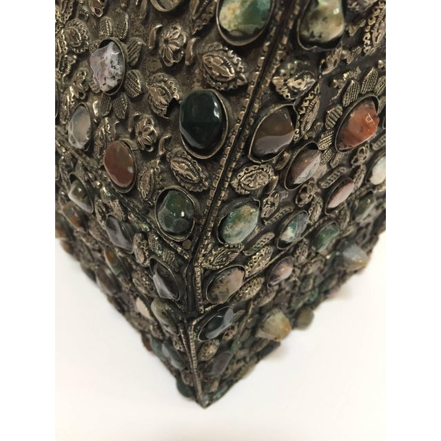 African Large Moroccan Wedding Silvered Jewelry Box Inlaid With Semi-Precious Stones For Sale - Image 3 of 13