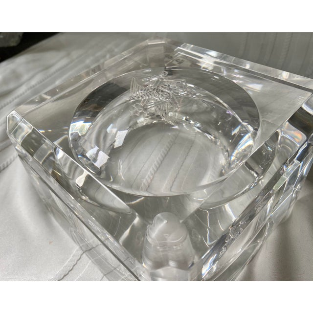 Plastic 1960s Vintage Peter Alan Designs Anheuser Busch Lucite Candy Dish For Sale - Image 7 of 11