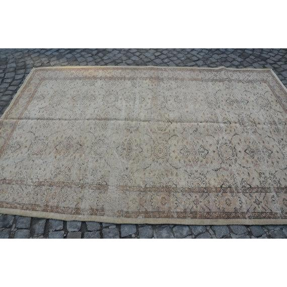 Islamic Vintage Handwoven Turkish Beige Oushak Carpet - 5′9″ × 9′2″ For Sale - Image 3 of 6