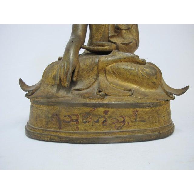 Late 19th Century Antique Bronze Mandalay Sitting Buddha Figurine For Sale - Image 4 of 9