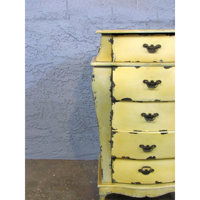 Short Yellow Chest of Drawers - Image 3 of 5