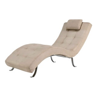 Mid-Century Modern Beige Upholstered Chromed Frame Chaise Lounge For Sale