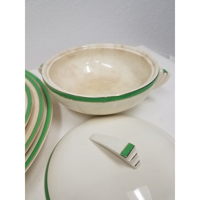 Antique Wedgwood Art Deco Serving Platters and Bowls - Found in Devon For Sale In Dallas - Image 6 of 12