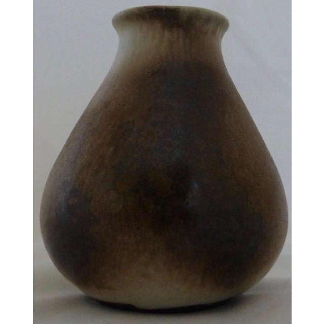 Brown Gotek Pottery Colonia Tovar Venezuela Studio Signed Bud Vase For Sale - Image 8 of 13