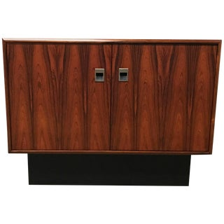 Danish Modern Rosewood Cabinet in the Manner of Poul Hundevad For Sale
