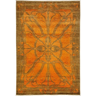 "Shalimar, Hand Knotted Orange Wool Area Rug - 5' 1"" X 7' 5"" For Sale"